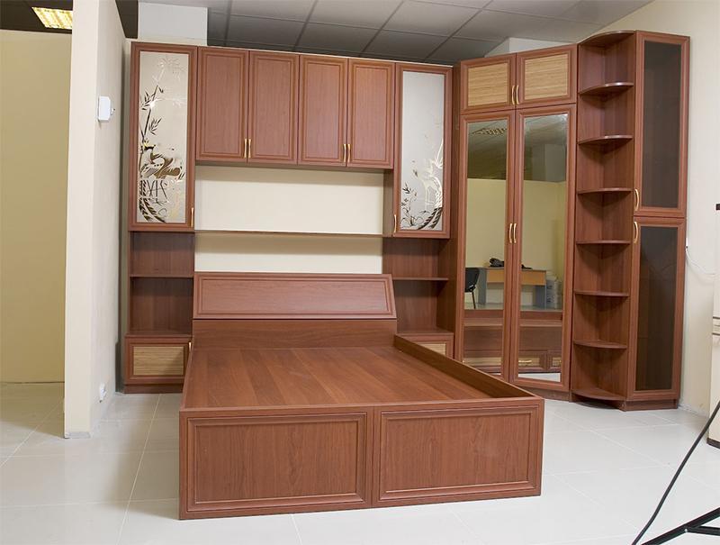 кухонные гарнитуры угловые для маленькой кухни фото